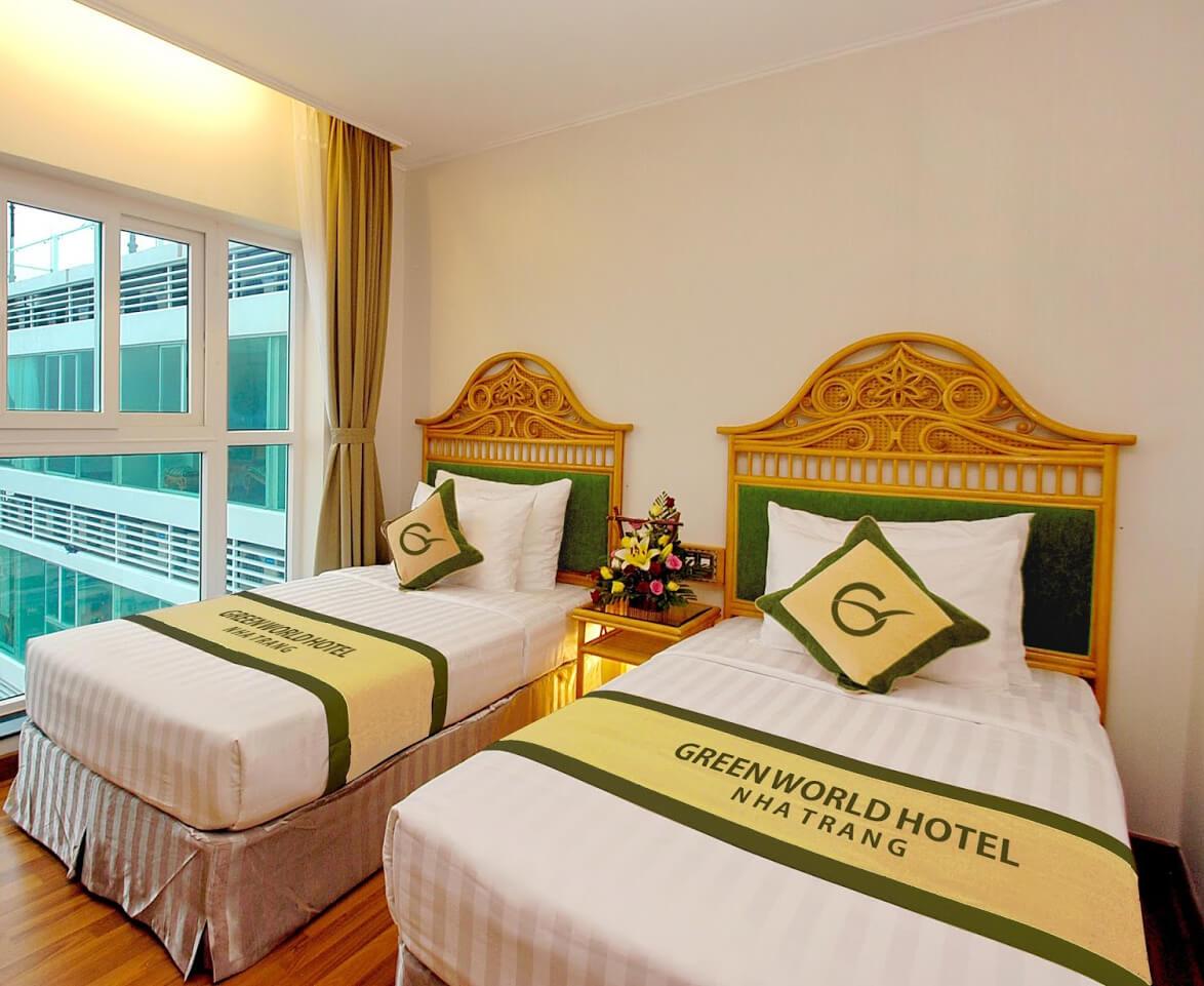 tấm trang trí giường khách sạn