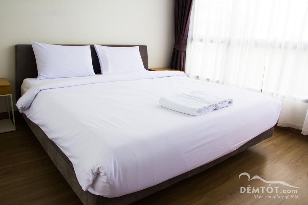 bộ ga trắng trơn cho khách sạn